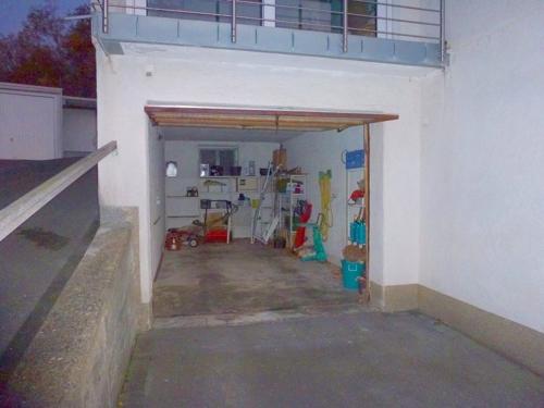 Garage direkt am Haus