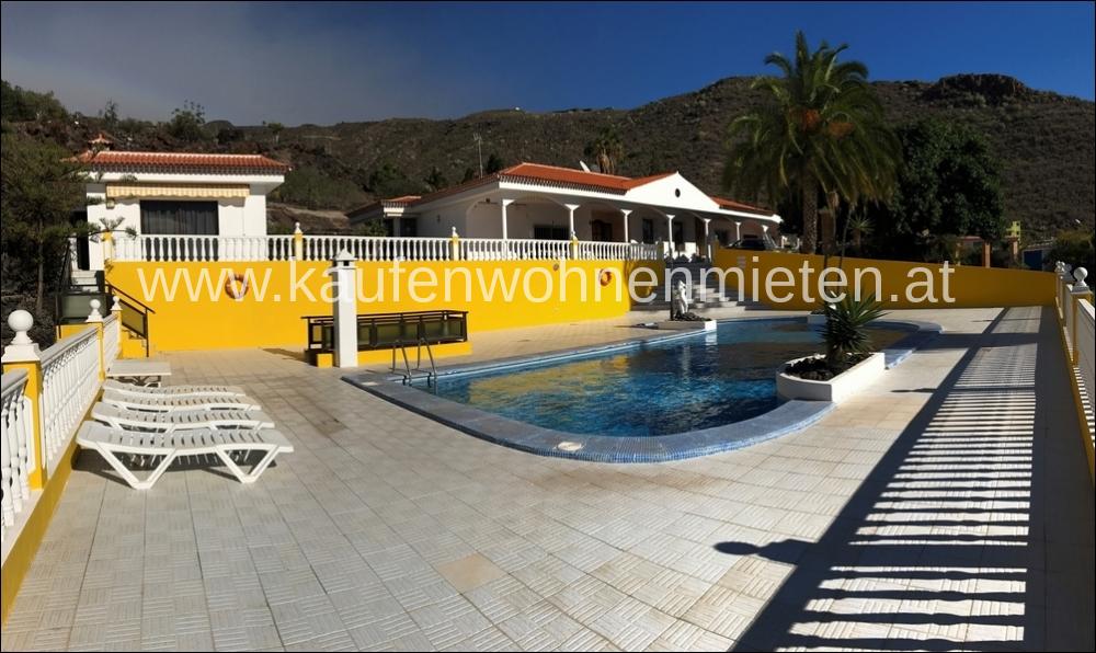 Villa / Pool
