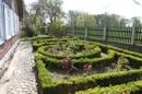 Vorgarten am Südgiebel