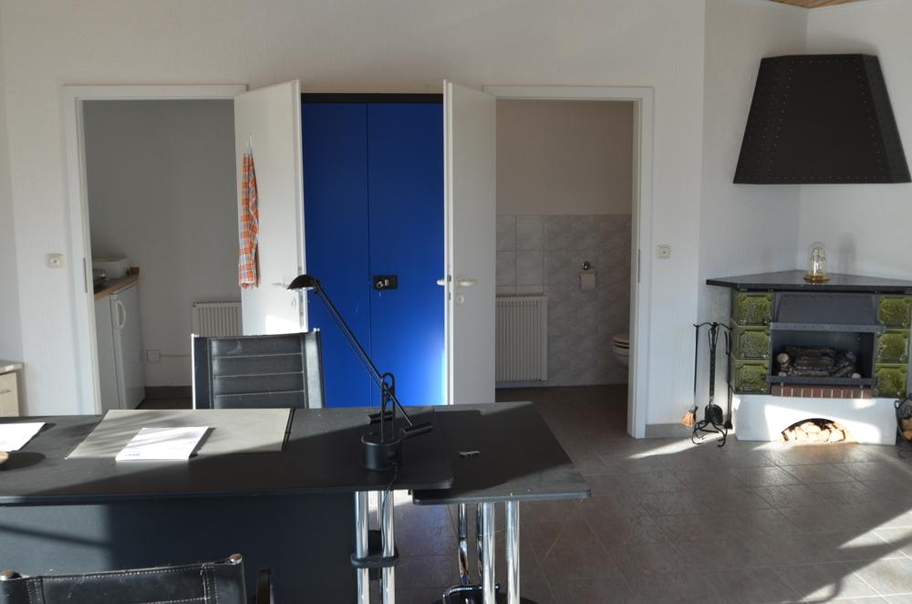 Draufsicht separate abgeteilte Küche und WC