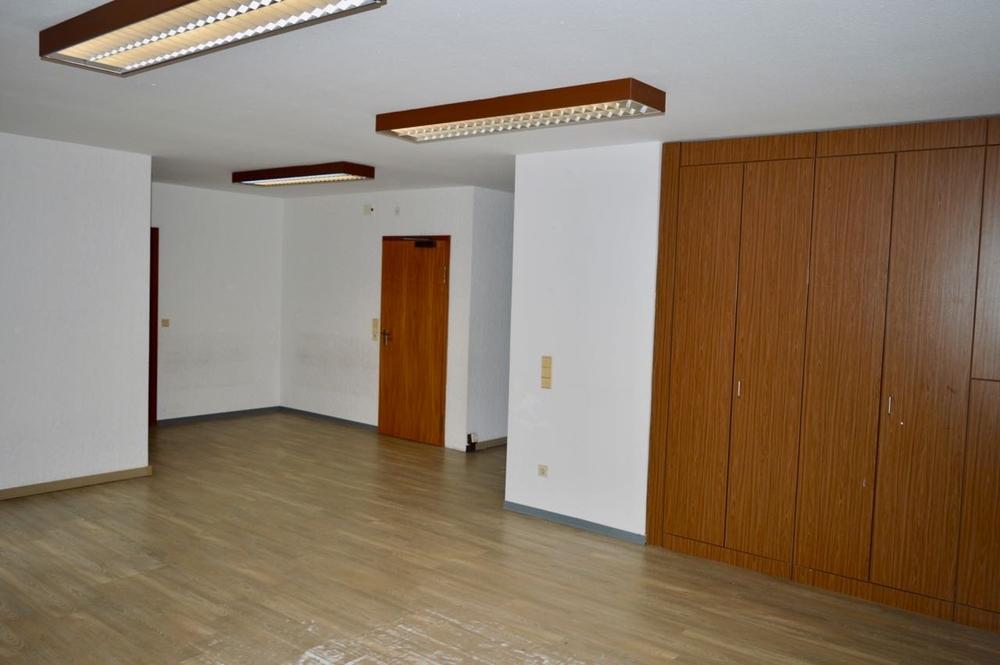 Großraumbüro (2)