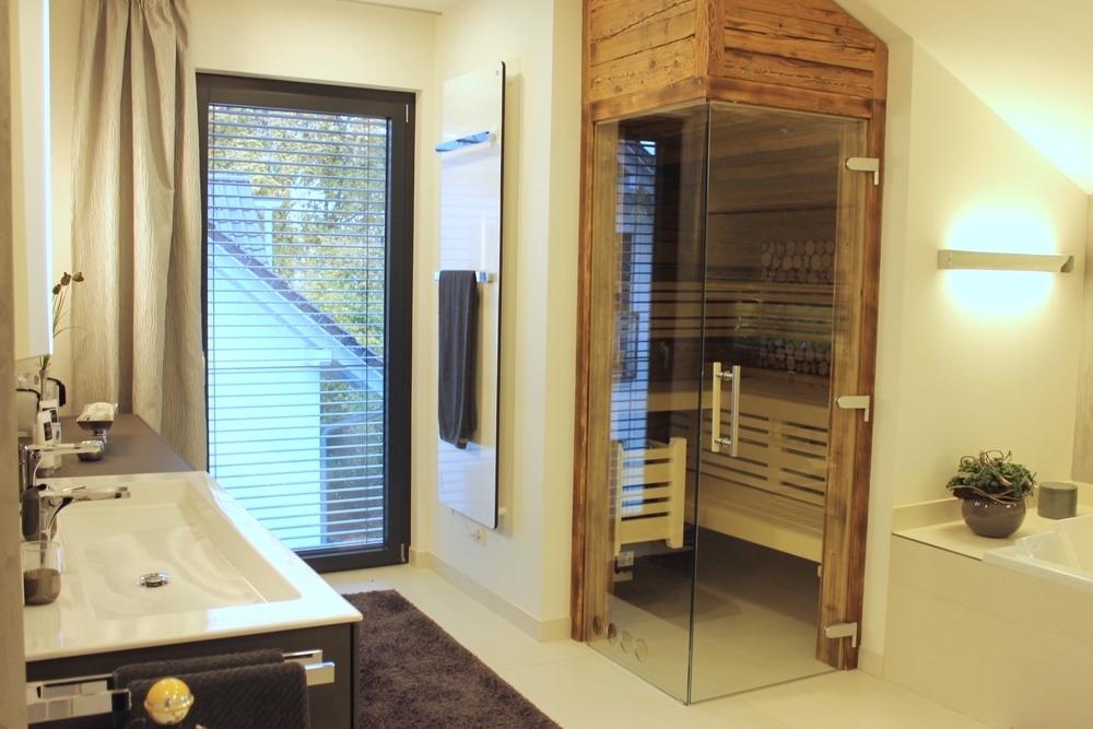 Badezimmer mit Sauna Muster