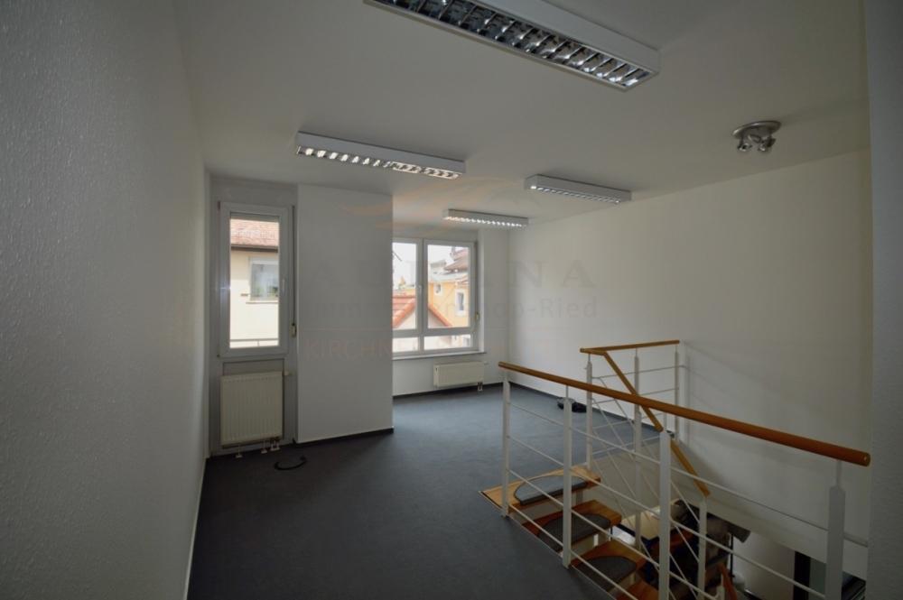 Büro 4 (1)