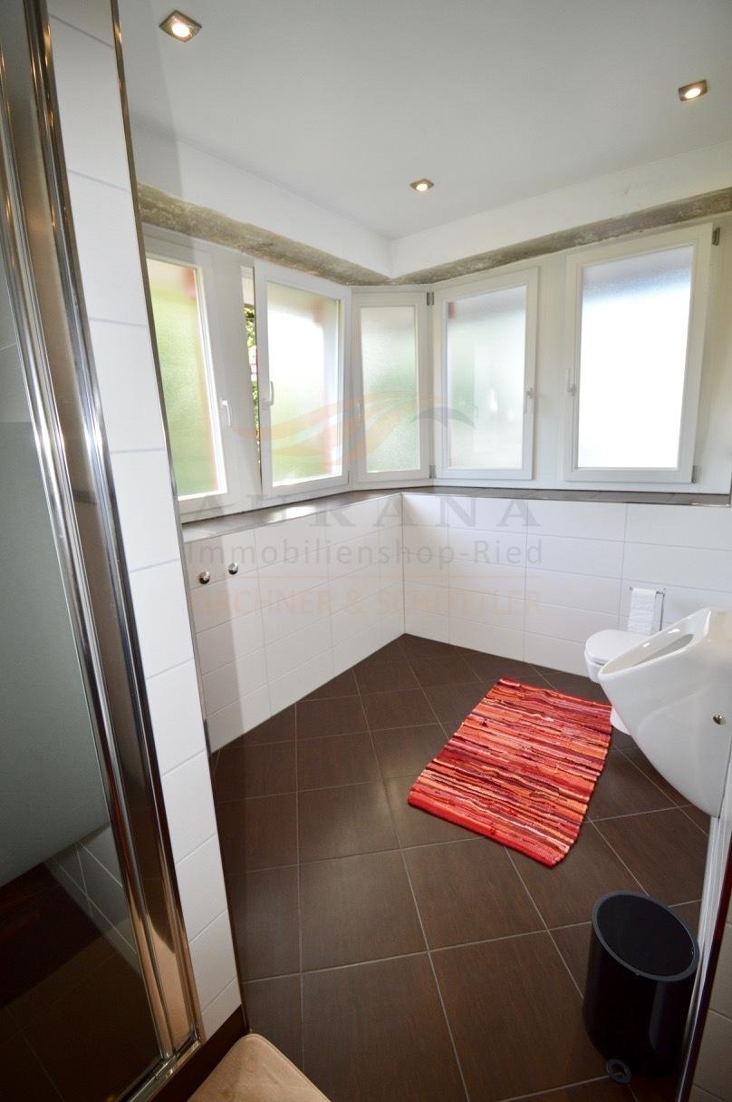 OG Badezimmer Ansicht 2