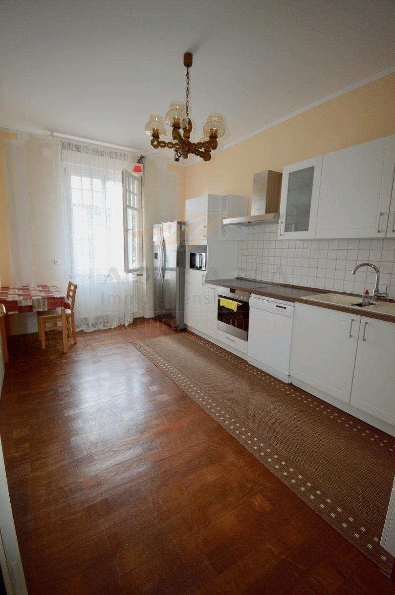 OG Küche Ansicht 1