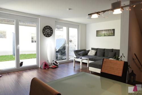 Wohnbereich mit Blick Richtung Terrasse