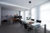 Büro mit Besprechung