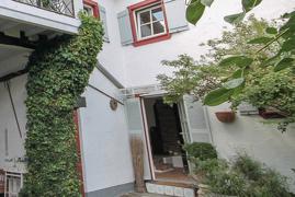 Innenhof une Eingang