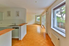 Küche Blick Richtung Esszimmer