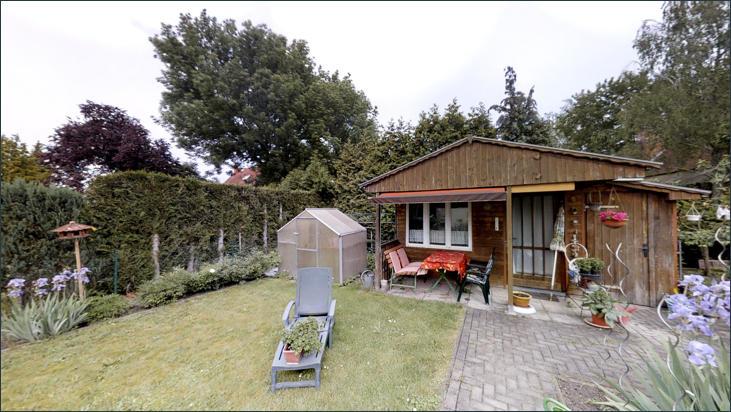 ausgebautes Gartenhaus