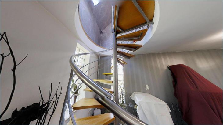 EG: Treppenaufgang