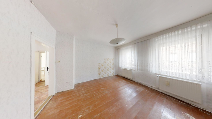 EG: Zimmer I
