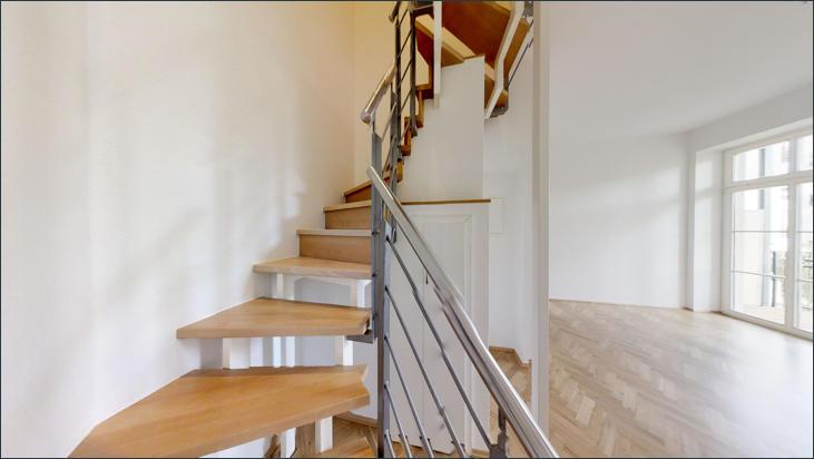 Treppenaufgang zum Schlafzimmer im 2. OG