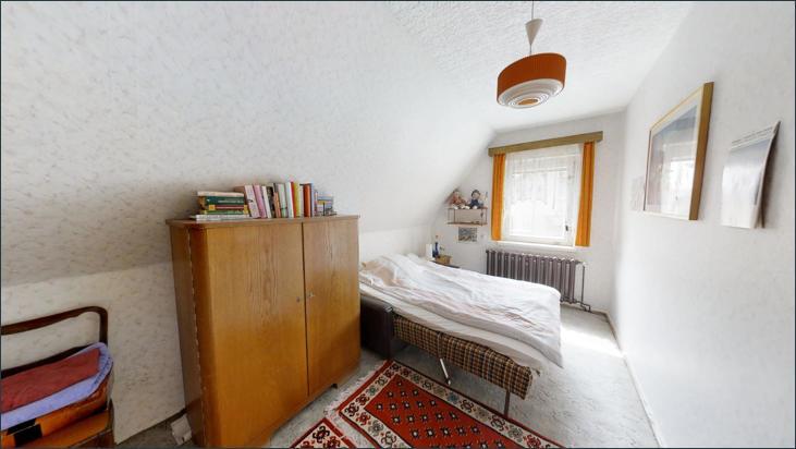 OG: Zimmer 1