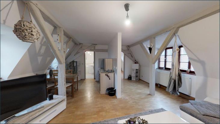 Blick ins Wohnzimmer & Küche