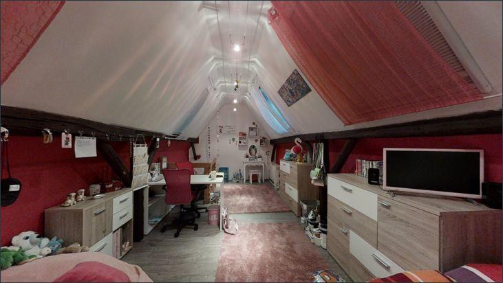Kinderzimmer im Dachboden