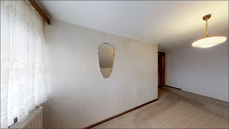 Hinteres Zimmer im 1. OG rechts