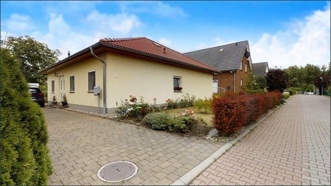 Haus außen in Siedlung