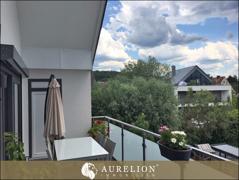 ..Zugang zum sonnigen Balkon