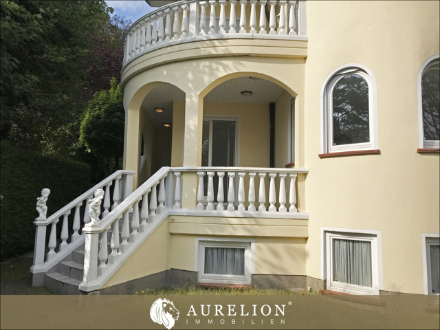 Treppenaufstieg_Garten