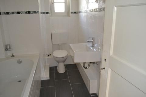 saniertes Badezimmer