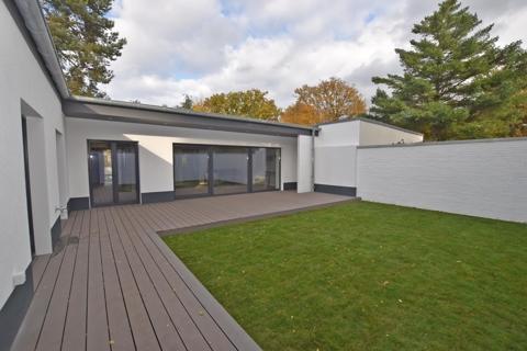 Terrasse mit Atriumgarten3