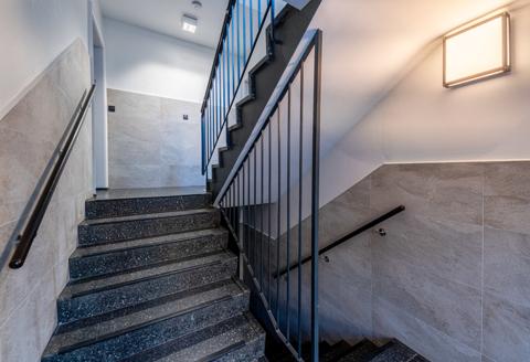 gepflegtes Treppenhaus