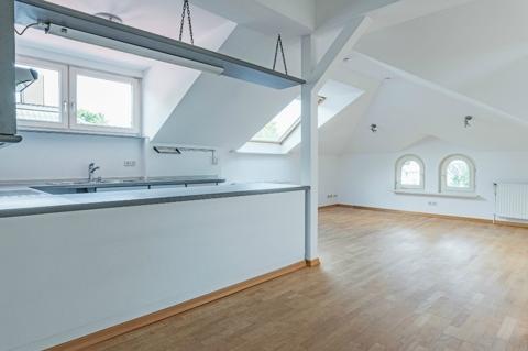 Wohnbereich mit Küche DG