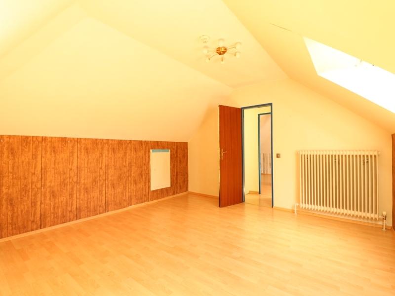 Großes Zimmer im Obergeschoss