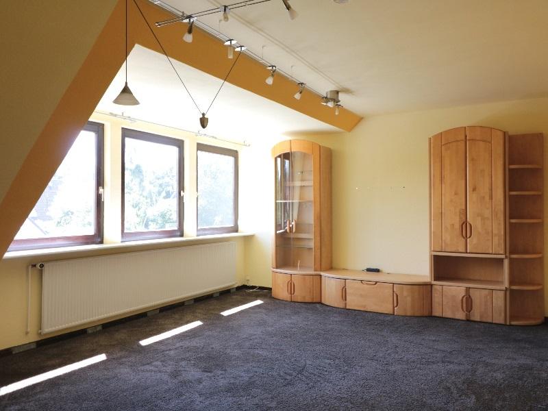 Gut geschnittenes Zimmer