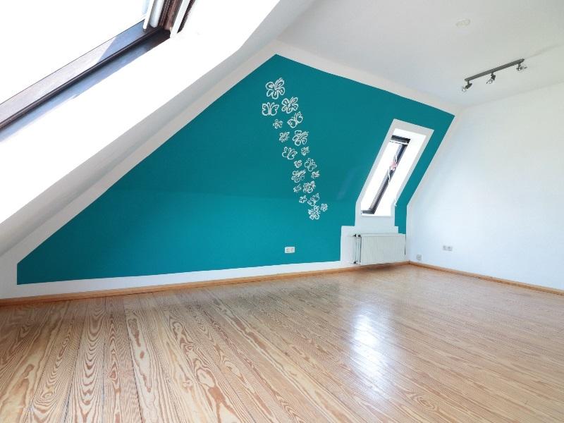 Schönes, helles Zimmer