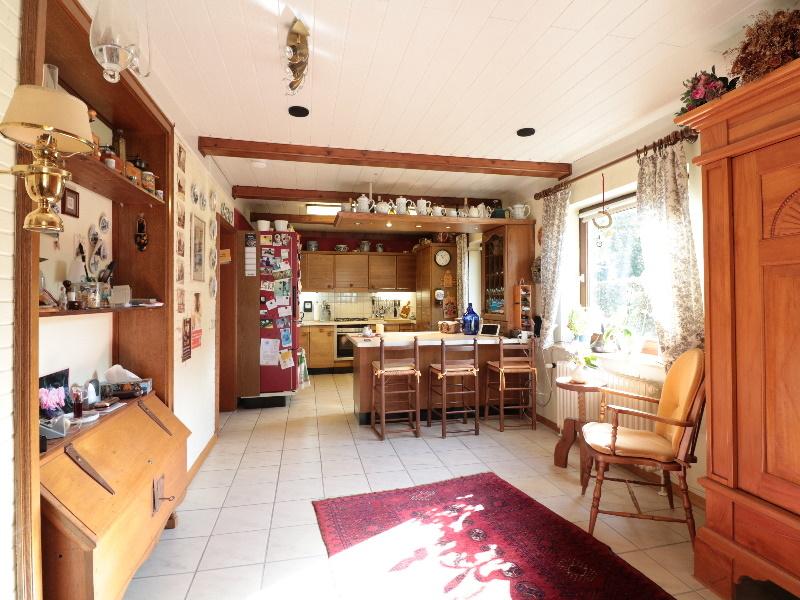 Blick zur offenen Küche