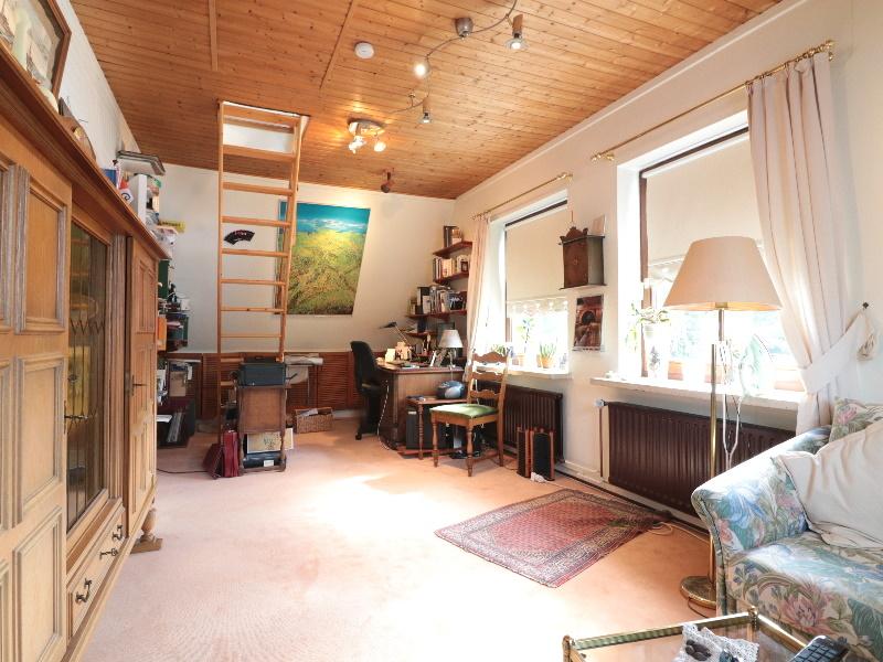Helles, großes Zimmer