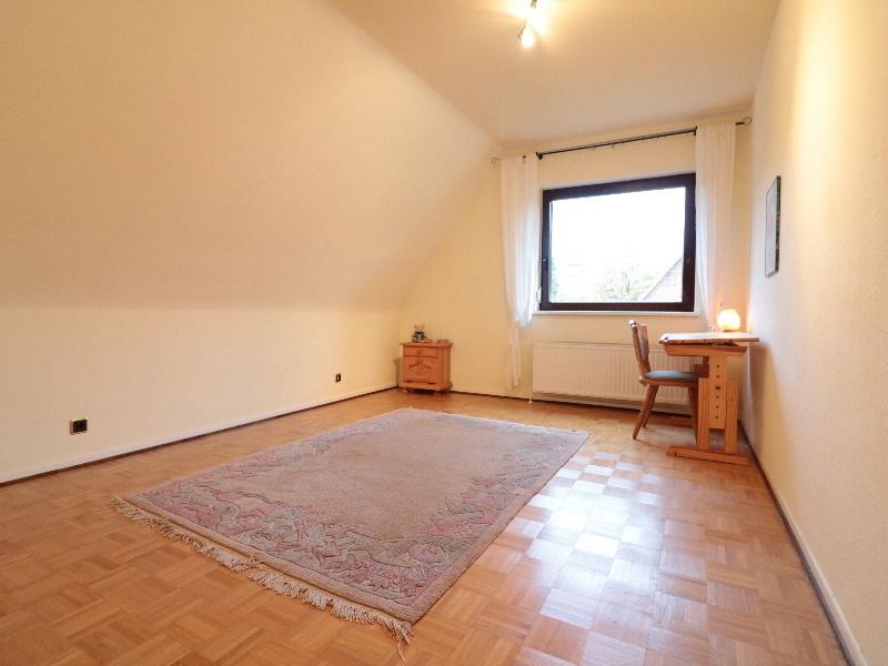 Zimmer von sehr guter Größe