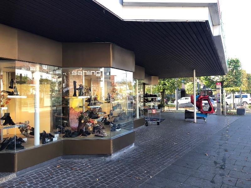 Große Schaufensterflächen