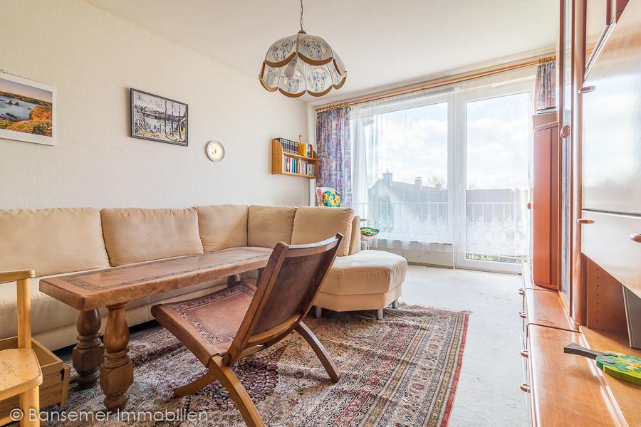 DG: Zimmer mit Balkon