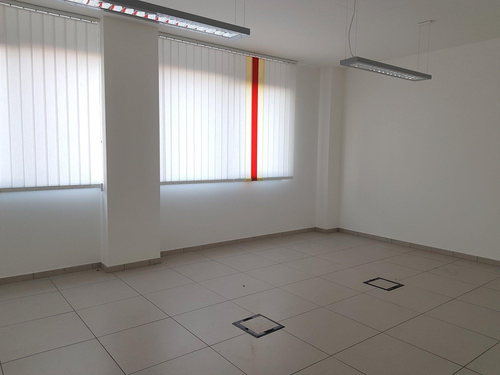 Büro_ufficio