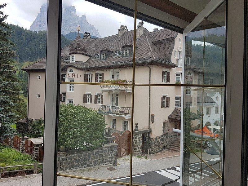 Herrlicher Bergblick_montagna maestosa