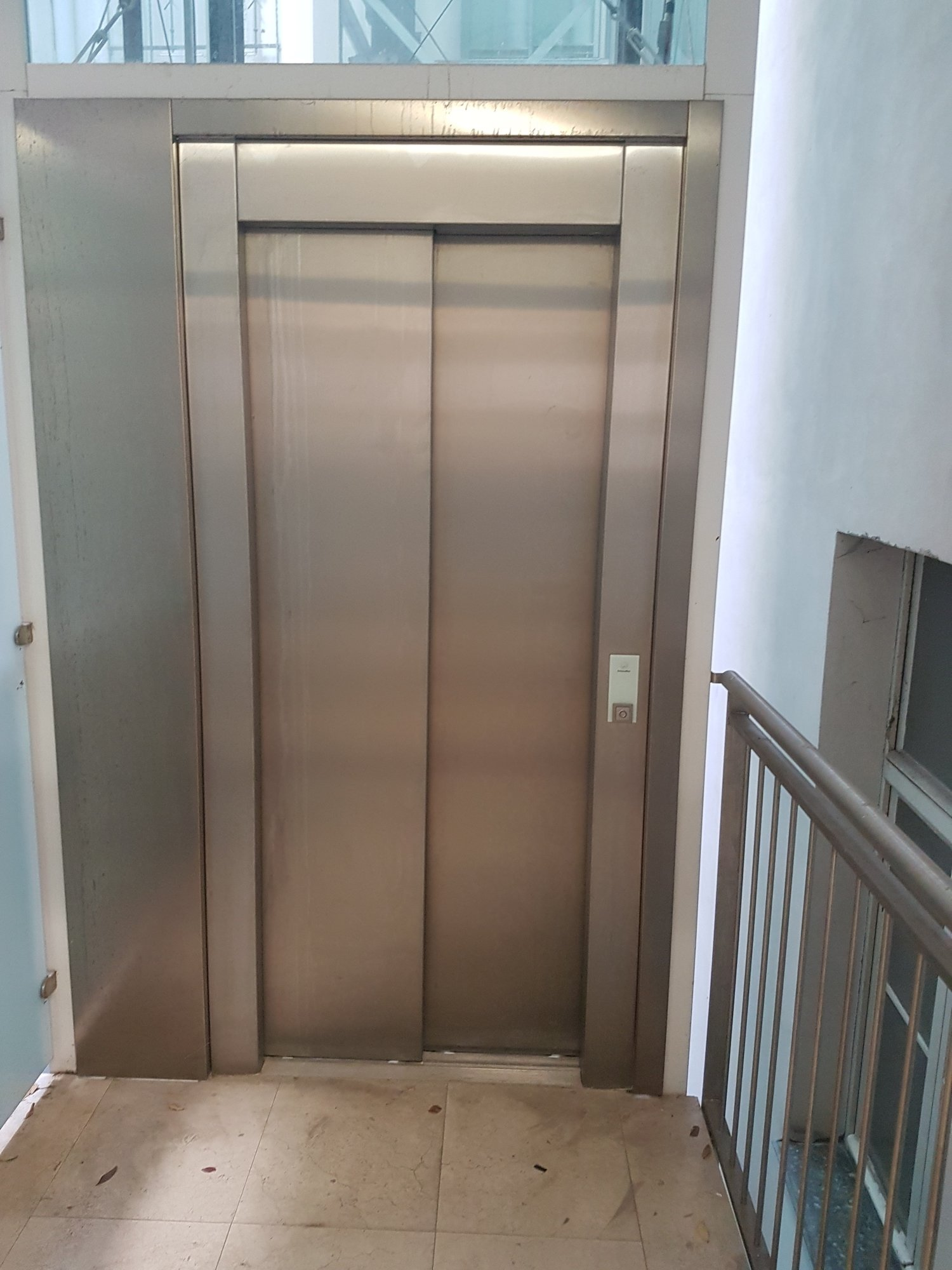 Aufzug_ascensore