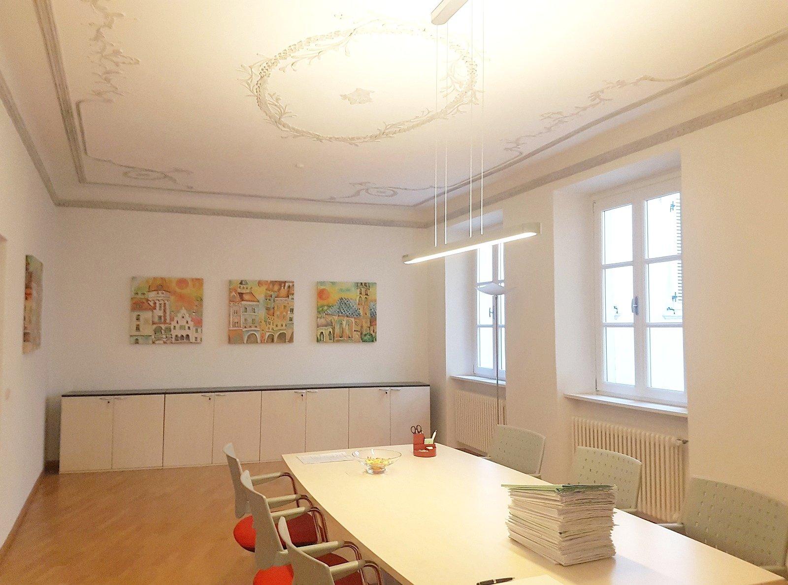 Heller Büroraum_vano ufficio luminoso