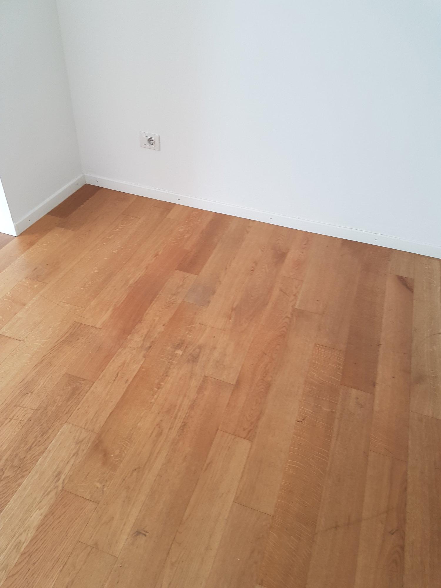 Gepflegter Fußboden_pavimento curato