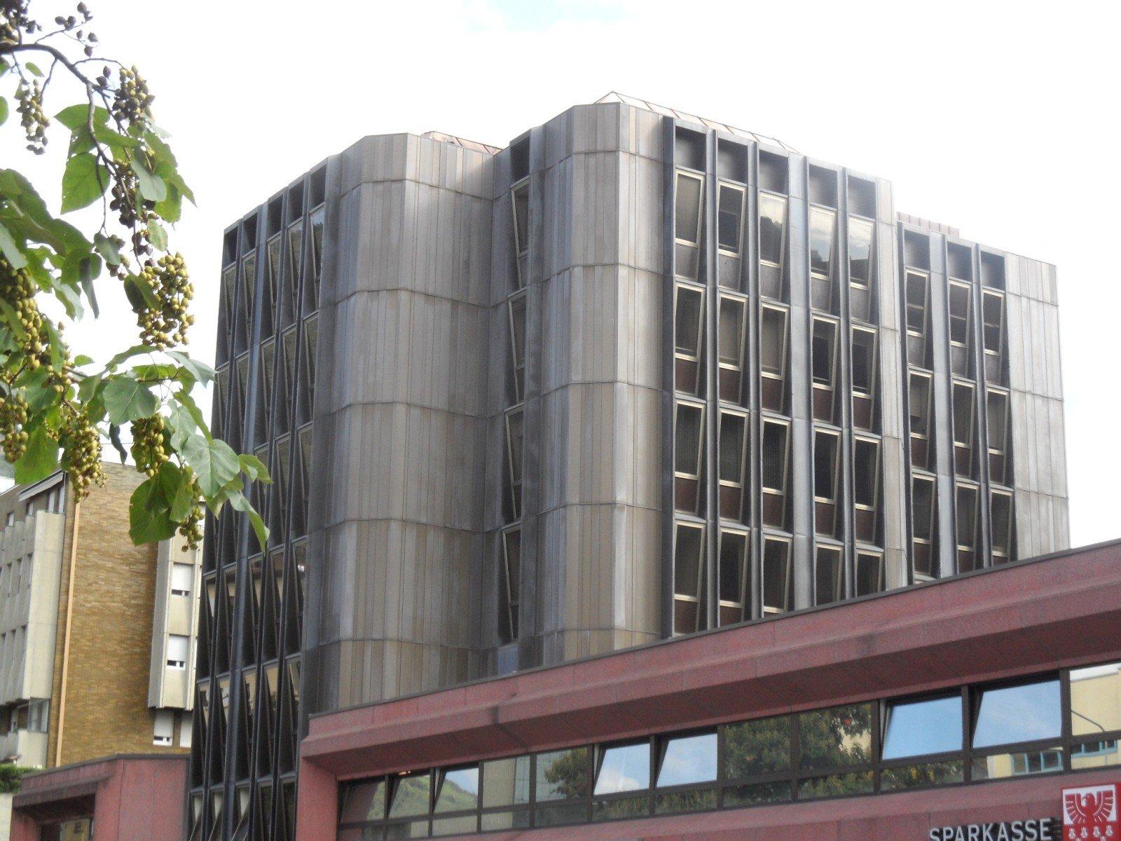 Gebäude_edificio