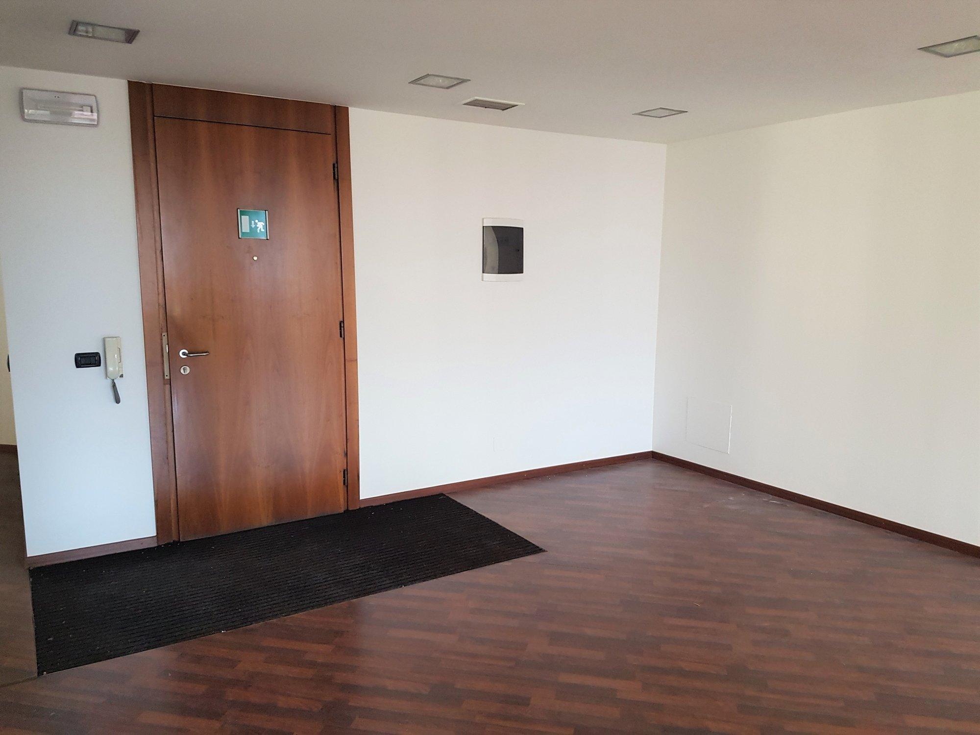 Geräumiger Eingangsbereich_entrata spaziosa