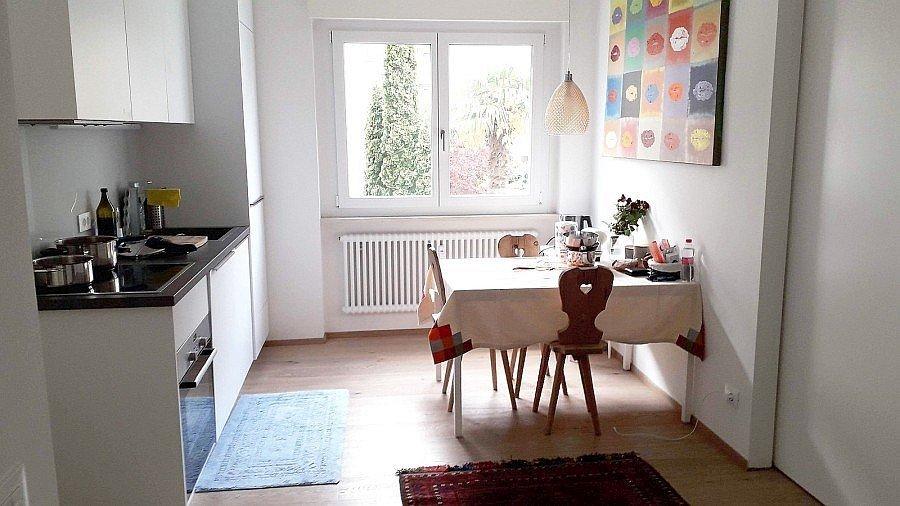 Möblierte Küche