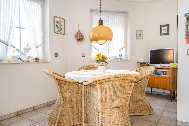 Turm-Erker-Wohn-Küche