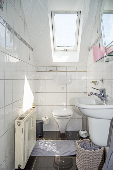 Wohnung DG: Gäste-WC...