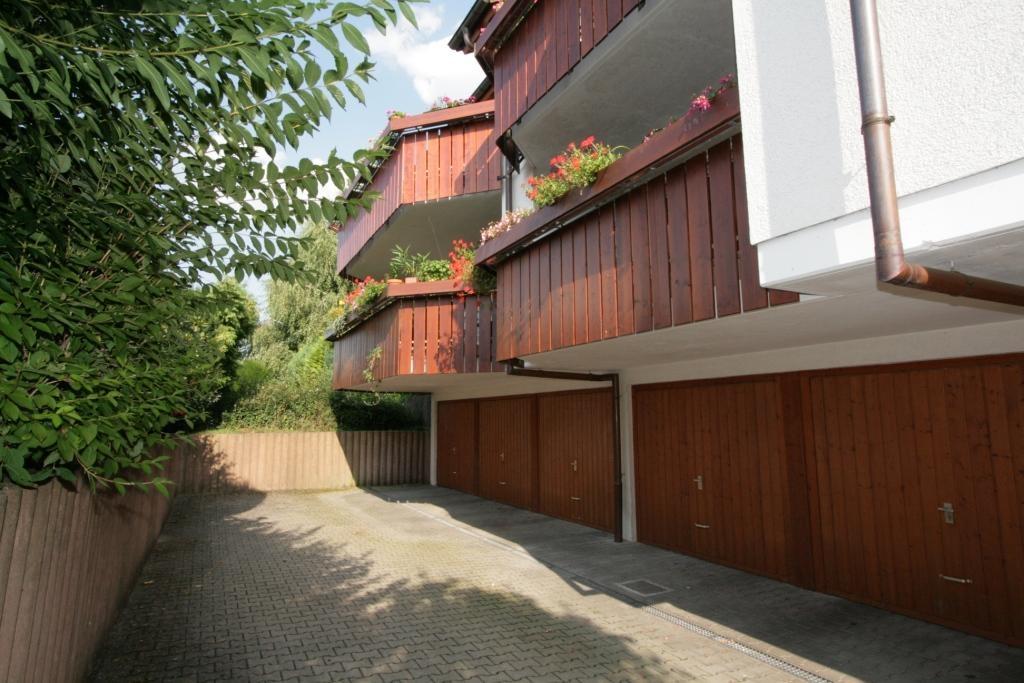 Garagen und Balkone