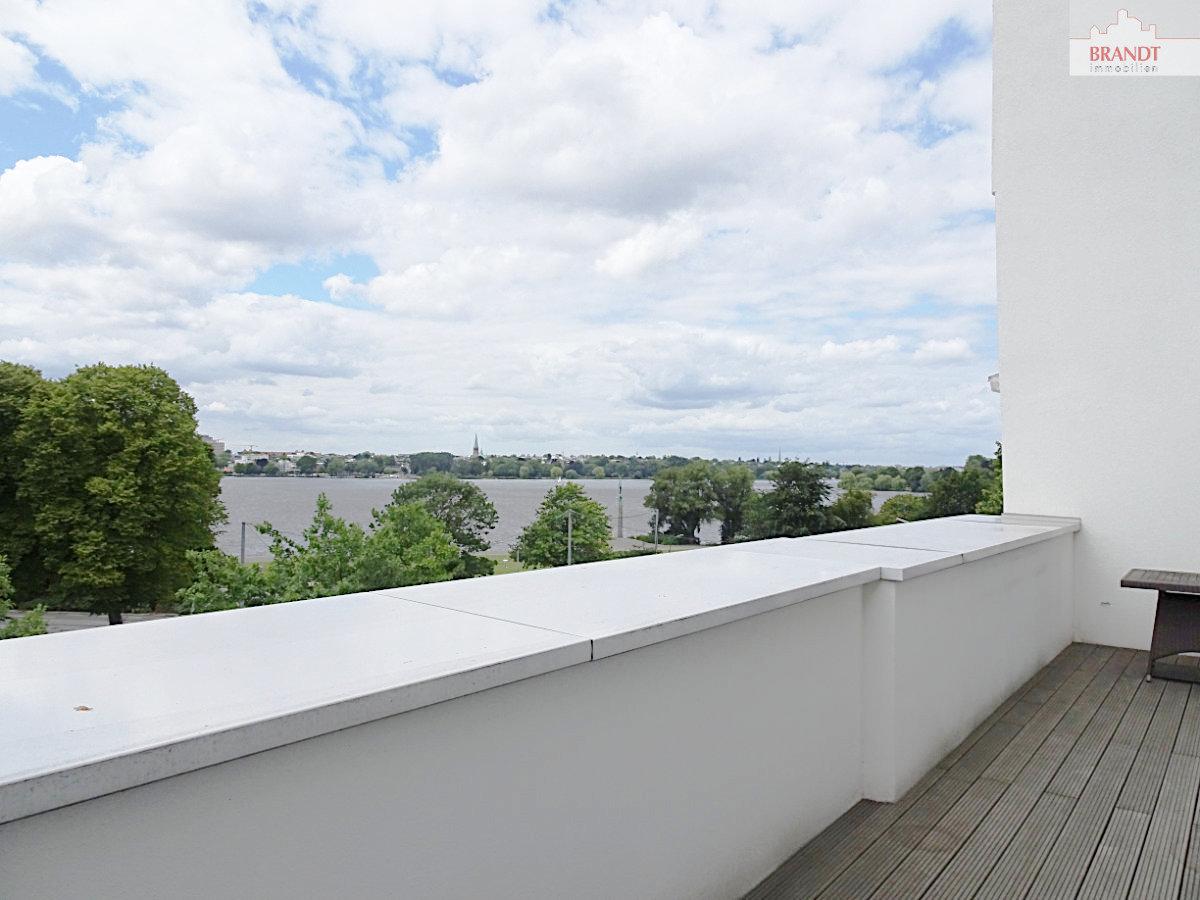 Balkon mit Alsterblick