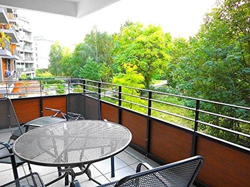 sonniger Innenhof-Balkon.png