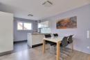 Wohn-/Esszimmer mit Blick in die Küche